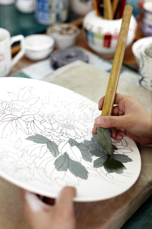 Download Hand-painting Of Chinese Ceramics Stock Image - Image of craftwork, women: 25178621