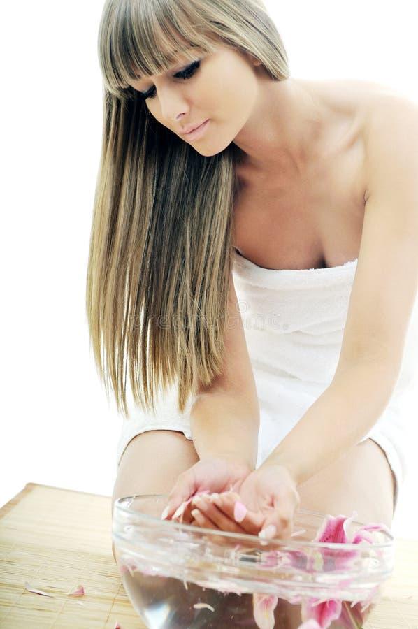 Hand spa schoonheidsbehandeling stock afbeelding