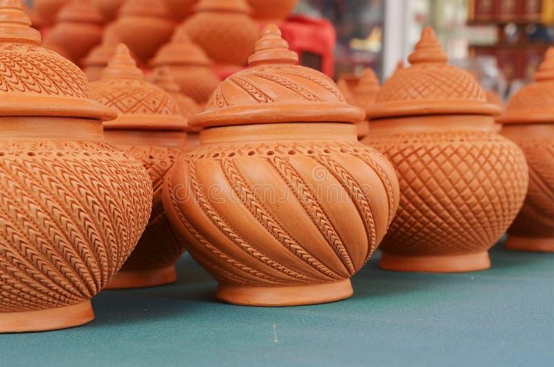 Handcraft lergods fotografering för bildbyråer
