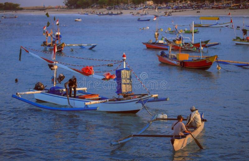 handcrafted Balineseträfiskebåt i Bali arkivfoto
