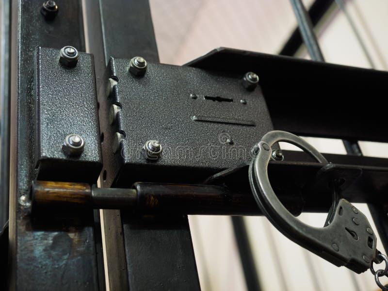 handcuff immagini stock libere da diritti