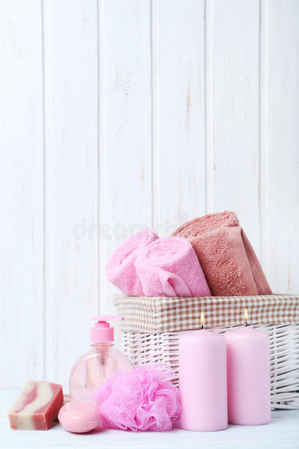 Handdukar med tvål och test fotografering för bildbyråer