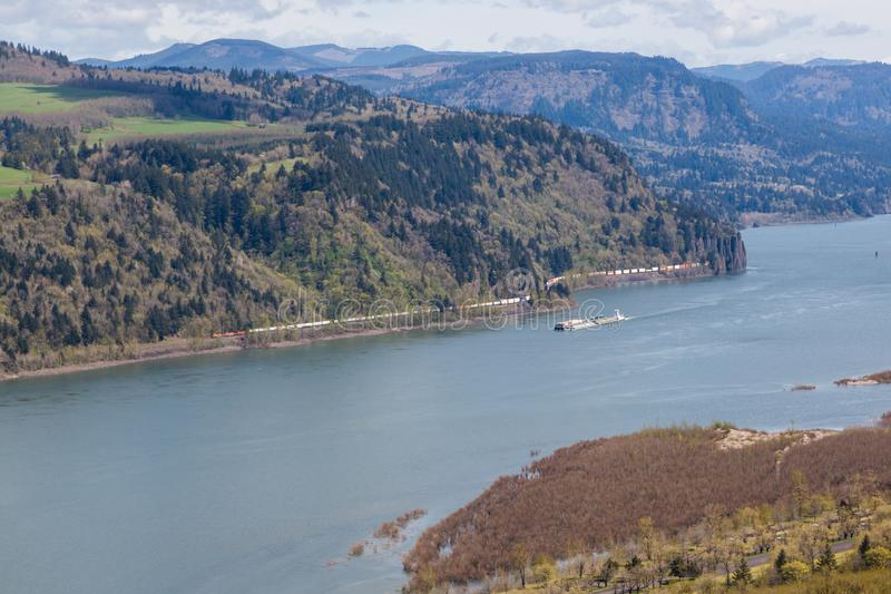 Handel na Kolumbia rzeki wąwozie obrazy stock
