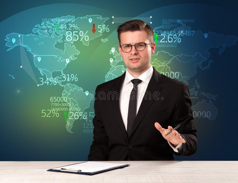 Handelmarknadsanalytikeren är studion som anmäler världshandelnyheterna med översiktsbegrepp royaltyfri bild