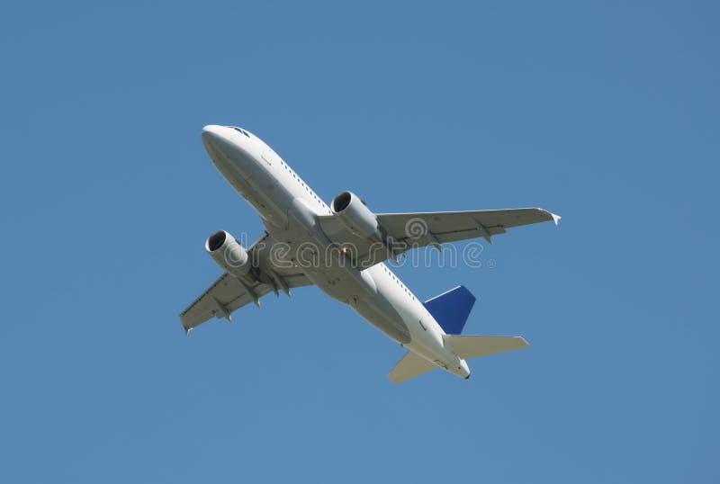 Handelsflugzeug lizenzfreie stockfotos