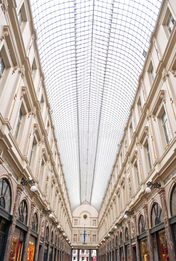 Handelsgalerien Heilig-Hubert, Brüssel stockbilder