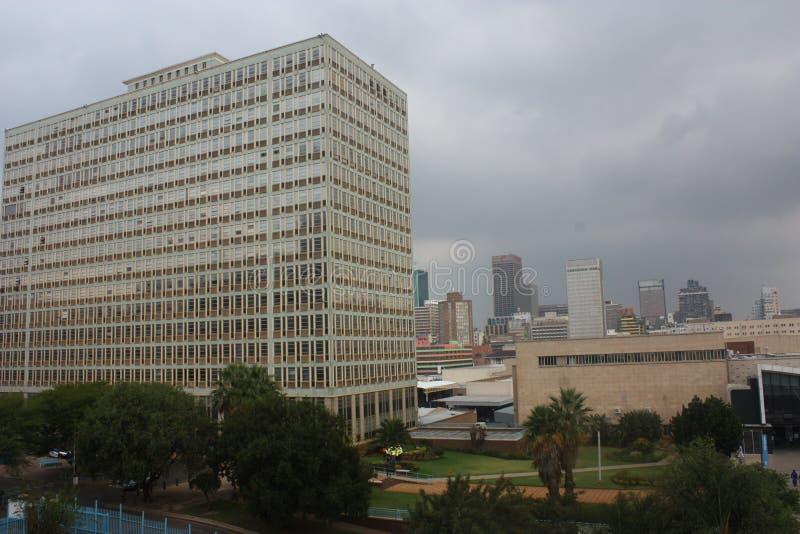 Handelsgebäude am Johannesburg-Hauptbahnhof stockfoto