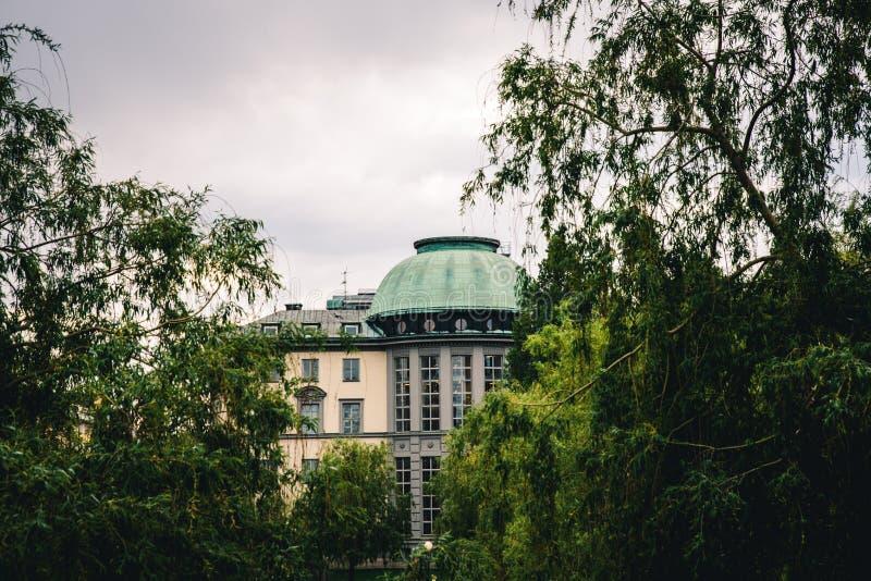 Handelshögskolan en Estocolmo central fotografía de archivo