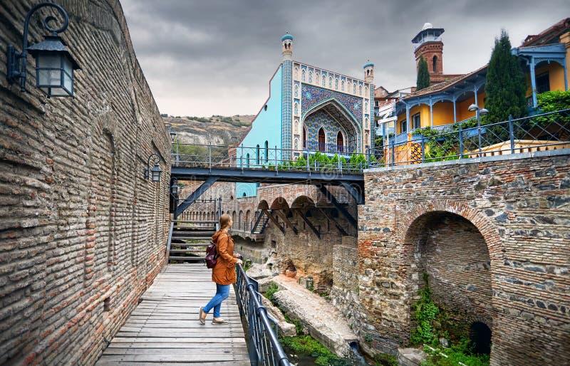 Handelsresande på det Abanotubani området av Tbilisi arkivfoton
