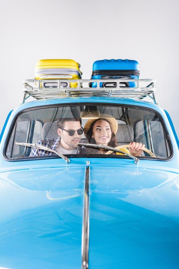 Handelsresande som kör bilen royaltyfri fotografi