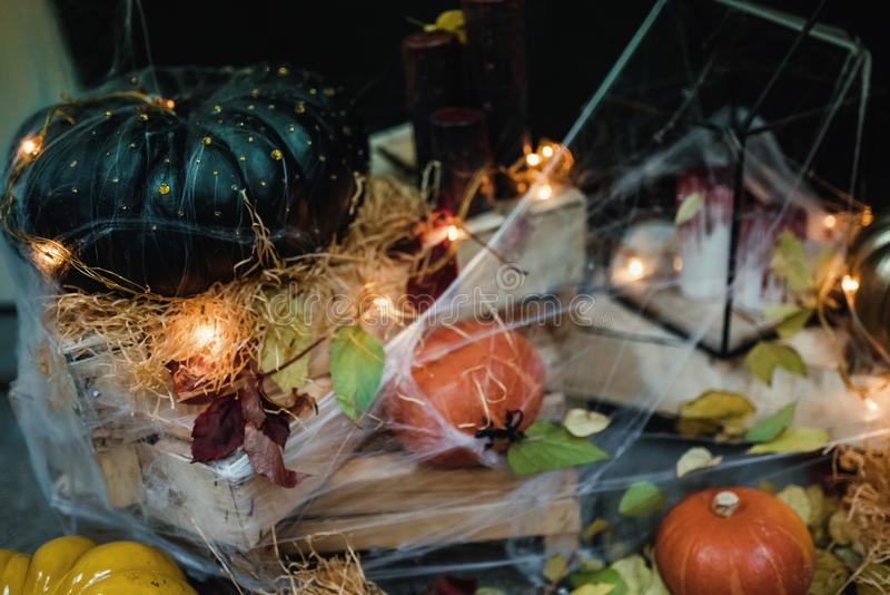 Handgemachte Hauptdekoration für die Feier von Halloween lizenzfreies stockfoto