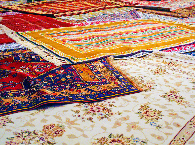 Handgemachte traditionelle Teppiche lizenzfreie stockbilder