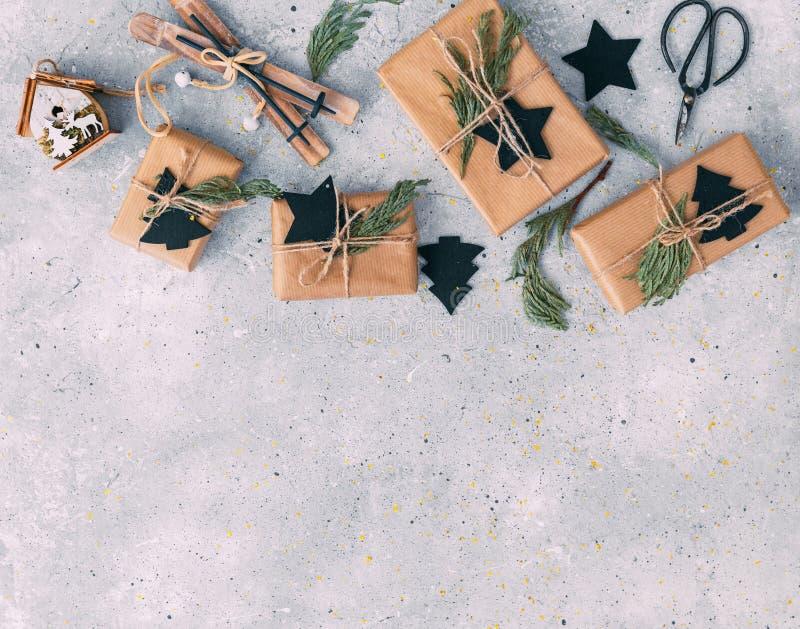 Handgemachtes Weihnachten Handwerk der Weinlese stockfoto