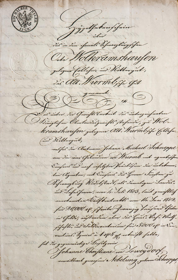 Handgeschriebener Text. antikes Manuskript. Weinlesebuchstabe stockfotografie