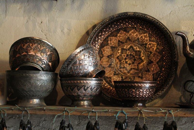 Handgjord copperware royaltyfri bild