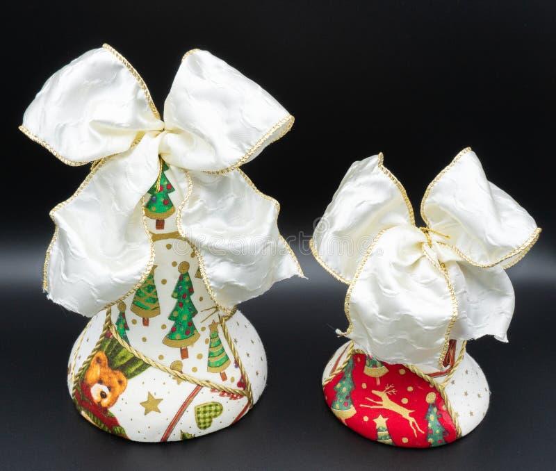 Handgjorda julklockor arkivfoto