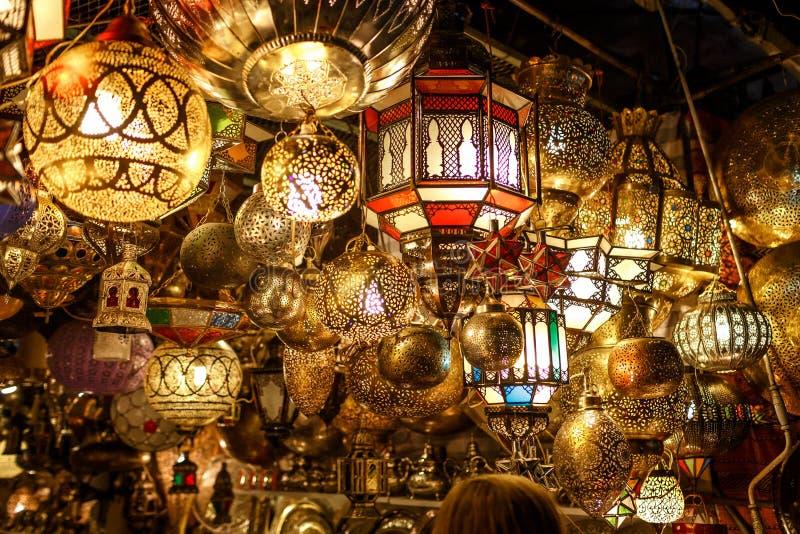Handgjorda lampor i Marocko arkivfoto