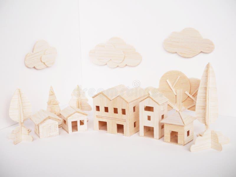 Handgjort minsta för miniatyrträbitande konstverkhantverk för modell arkivfoton