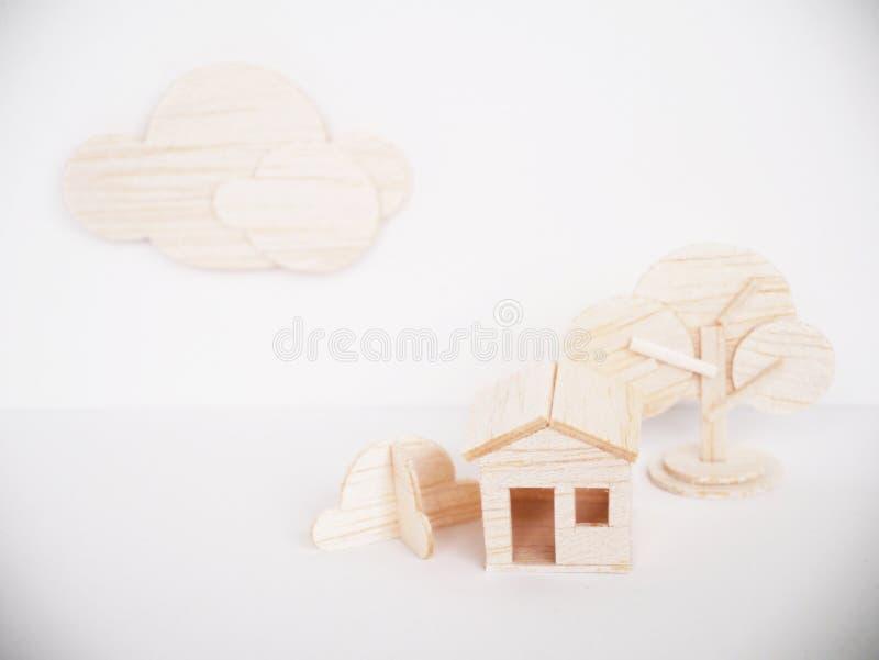 Handgjort minsta för miniatyrträbitande konstverkhantverk för modell arkivfoto