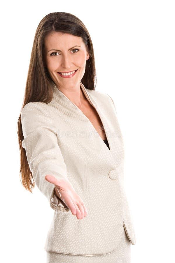 handhandskakning som erbjuder till kvinnan royaltyfri fotografi