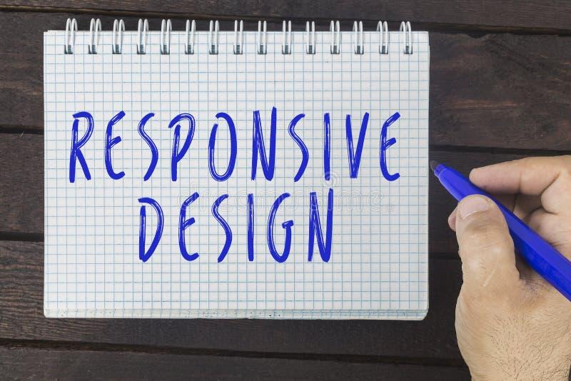 Handhandstil på notepaden: Svars- design arkivbild