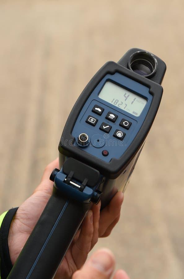 Handheld laserowej prędkości armatni seans 41 MPH obrazy stock