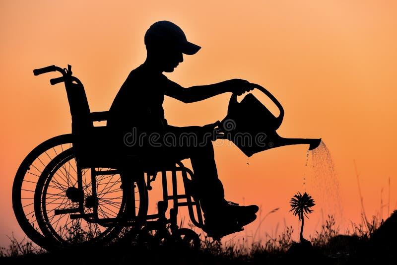 Handikapp och ivrig naturvän royaltyfri fotografi