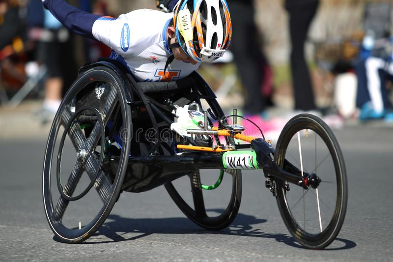 Handikapp; Rörelsehindrat; Köra; Löpare; Maraton; Jogga; Sportar springer; Sport; Idrottsman nen; Konkurrenskraftigt utomhus;  fotografering för bildbyråer