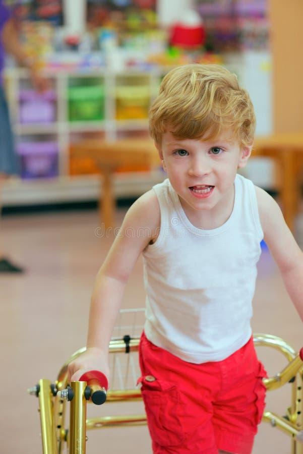 Handikappat barn  royaltyfria foton