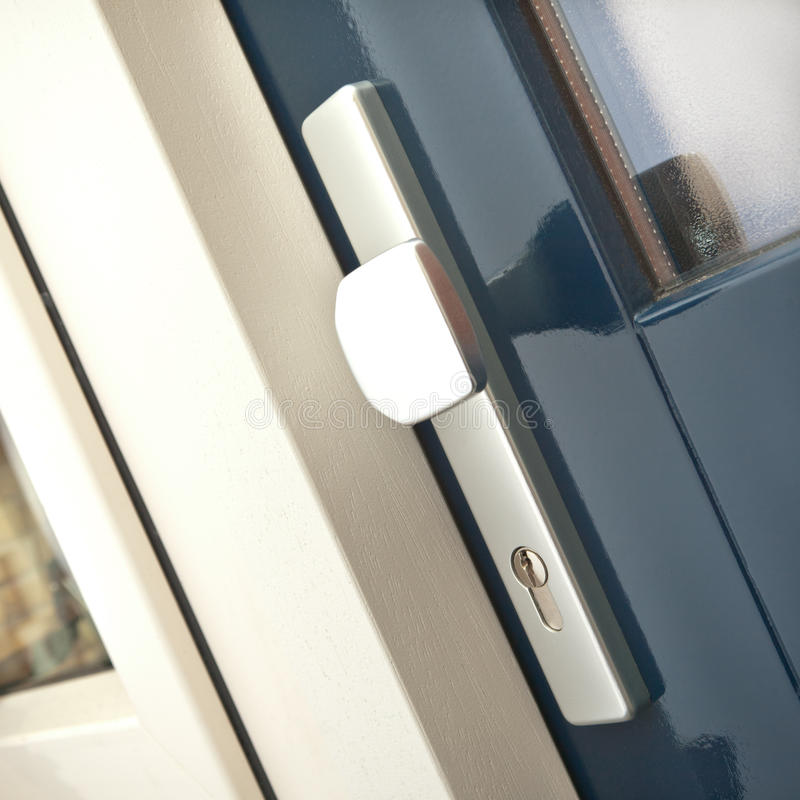 Download Handle And Keyhole On A House Door Stock Image - Image: 20990891