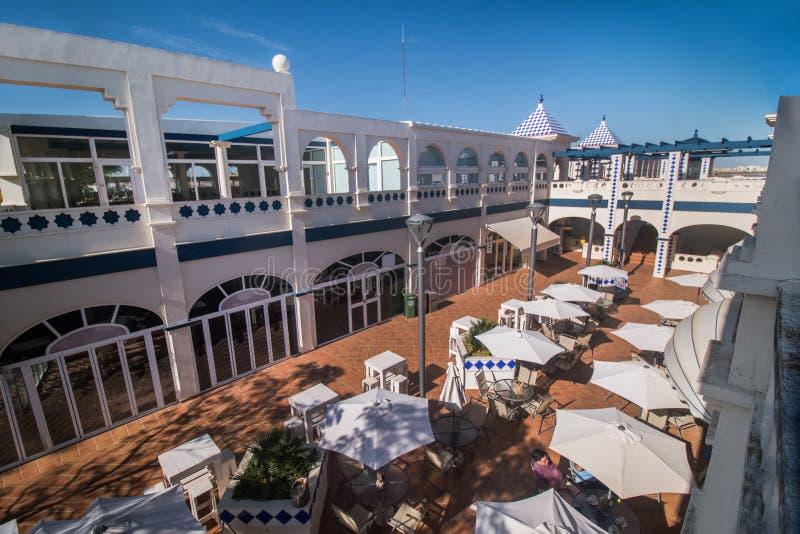 Handlowy plac w Isla Del Morał, Hiszpania zdjęcia stock