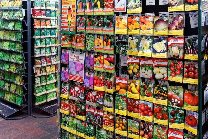 Handlowy pokaz warzywa ziarna paczki fotografia stock