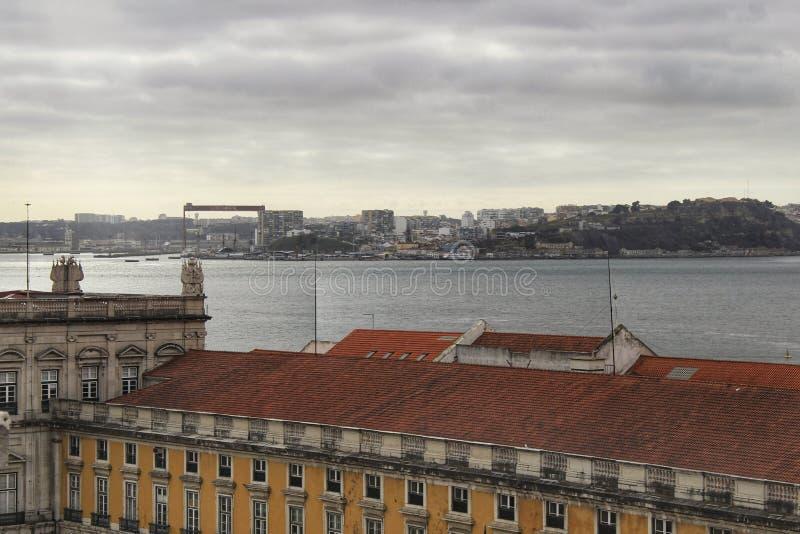 Handlu Tagus i kwadrata Rzeczny widok od Augusta Wysklepia zdjęcia royalty free
