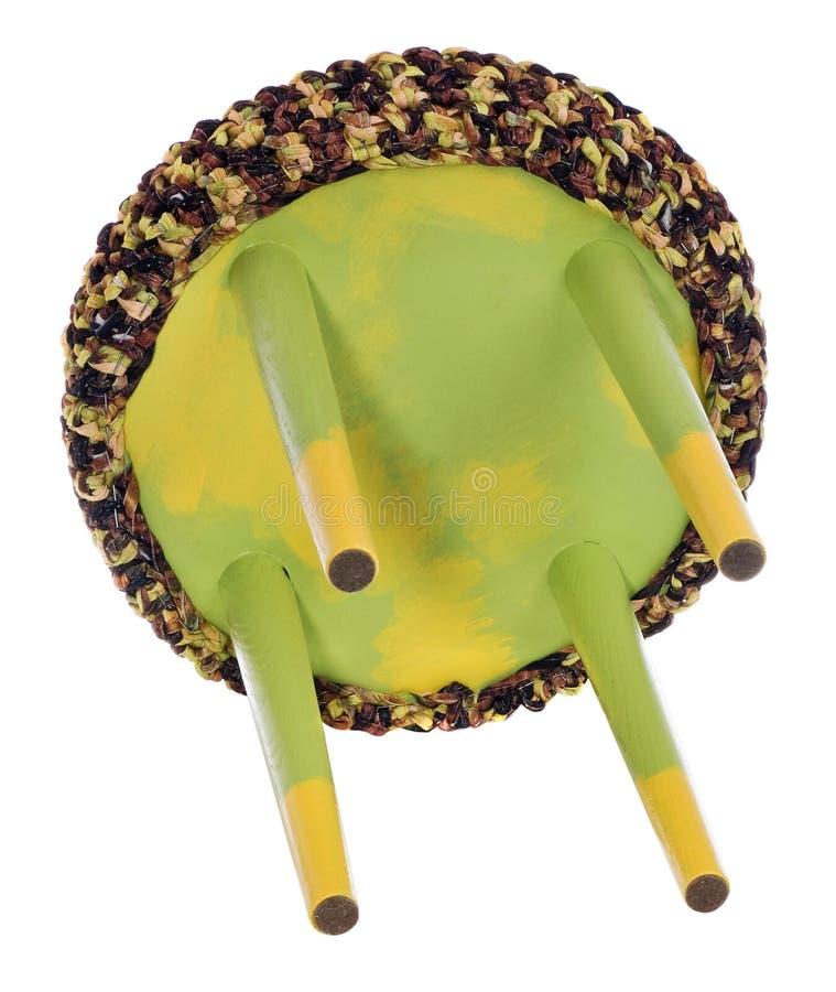 Handmade желтый цвет и зеленый цвет табуретки Круглое место с коричневатым желтым цветом стоковые фотографии rf