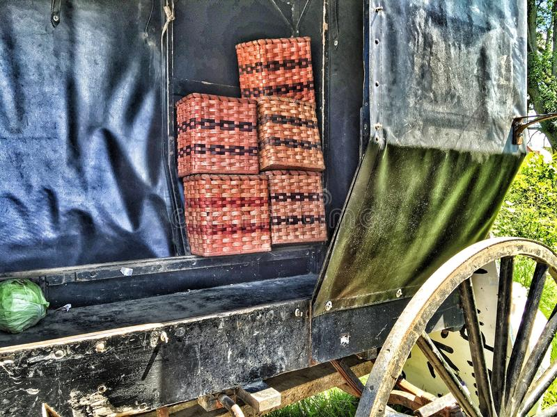 Handmade корзины Амишей для продажи стоковое фото rf
