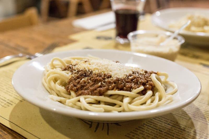 Handmade макаронные изделия Pici Тоскана стоковые изображения rf