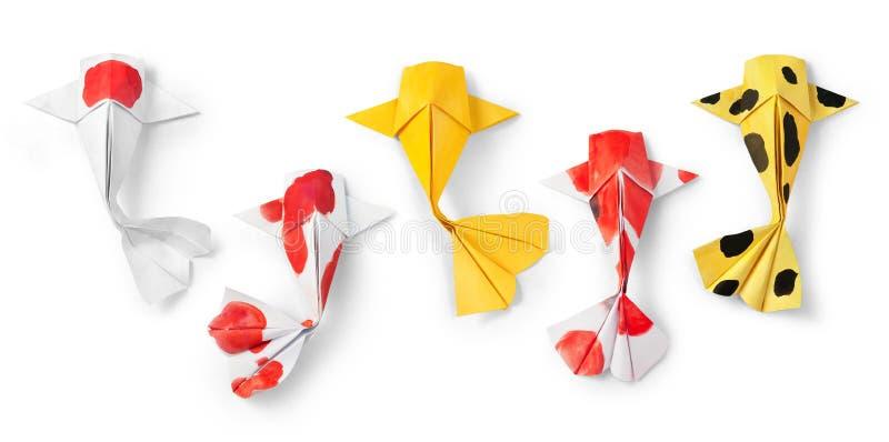 Handmade рыбы карпа koi origami бумажного ремесла на белой предпосылке стоковые изображения rf
