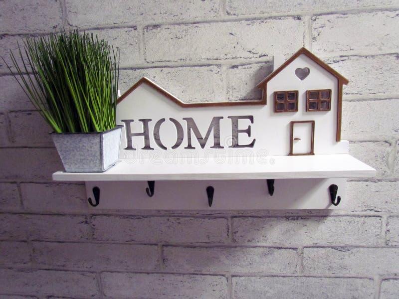 Handmade biała gospodyni z domową inskrypcją fotografia stock