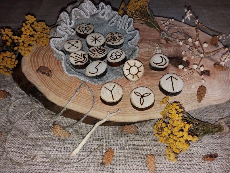 Handmade czarownic runes zdjęcia royalty free