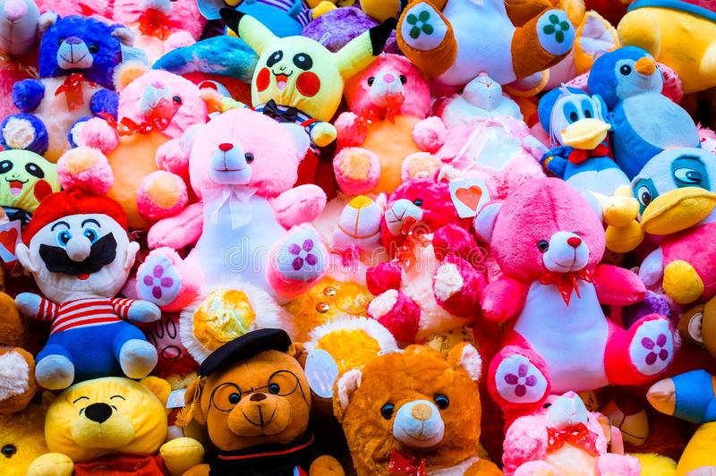 Handmade miś pluszowy lal wystrój w bożego narodzenia świętowaniu Bezszwowy kolorowy abstrakta wzoru projekt dekoracyjny elementu zdjęcia stock