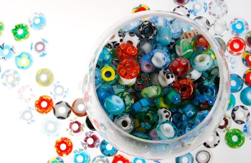 Handmade szklani koraliki w pucharze fotografia royalty free