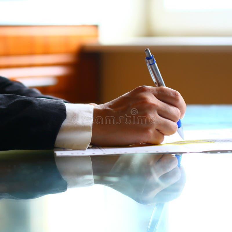handpennarbete fotografering för bildbyråer