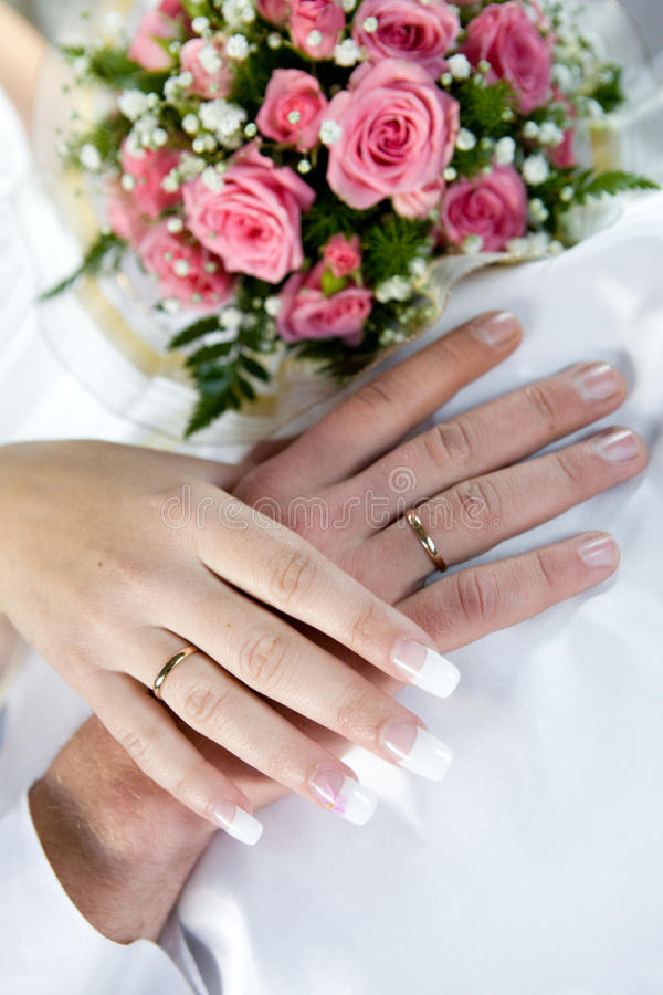 Free Hands And Flowers Royalty Free Stock Images - 10489269