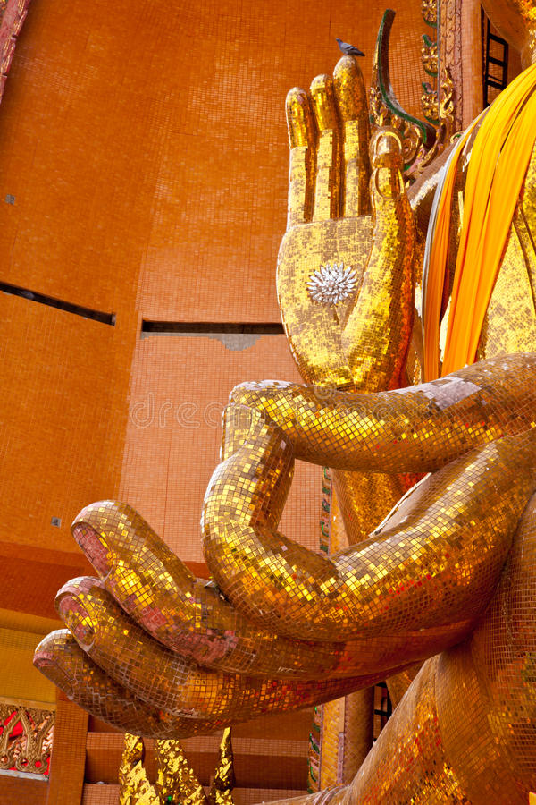 Free Hands Of Buddha In Kanchanaburi Royalty Free Stock Photography - 20619337