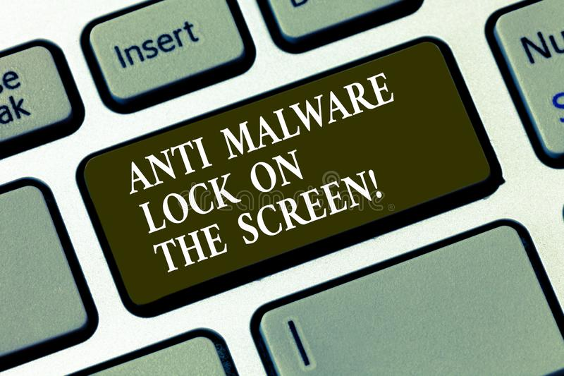Handschriftstext Antischadsoftware-Verschluss auf dem Schirm Konzept, das Sicherheitssicherheit gegen die Schadsoftware zerhackt  stock abbildung