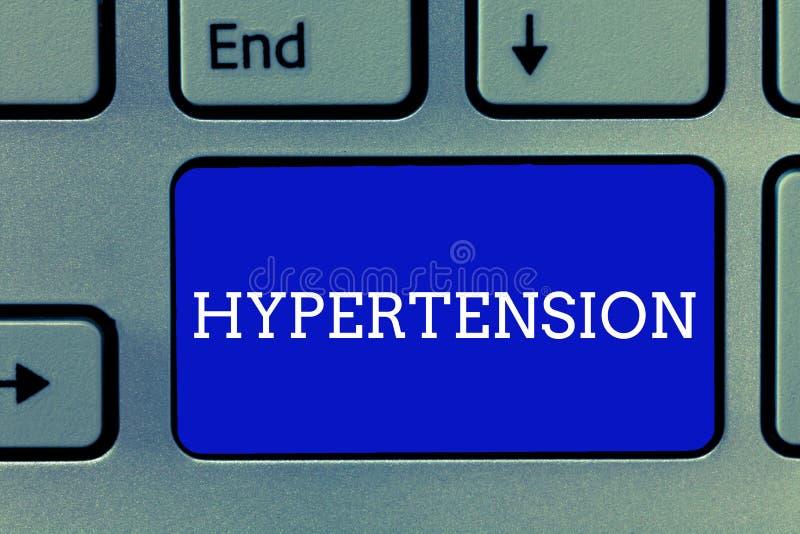 Handschriftstext Bluthochdruck Konzeptbedeutung Beschwerden, in denen Blutdruck extrem hoch ist lizenzfreie stockfotos