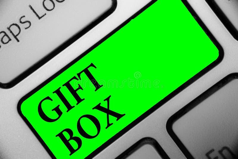 Handschriftstext Geschenkbox Das Konzept, das kleines cointainer A mit den Designen fähig sind zur Behandlung bedeutet, stellt Ta stock abbildung