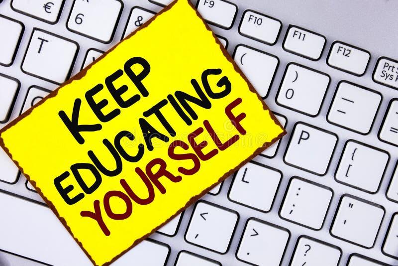 Handschriftstext halten Bildung sich Das Konzept, das hören bedeutet nie auf, zu lernen, besseres Improve zu sein anregen geschri lizenzfreies stockfoto