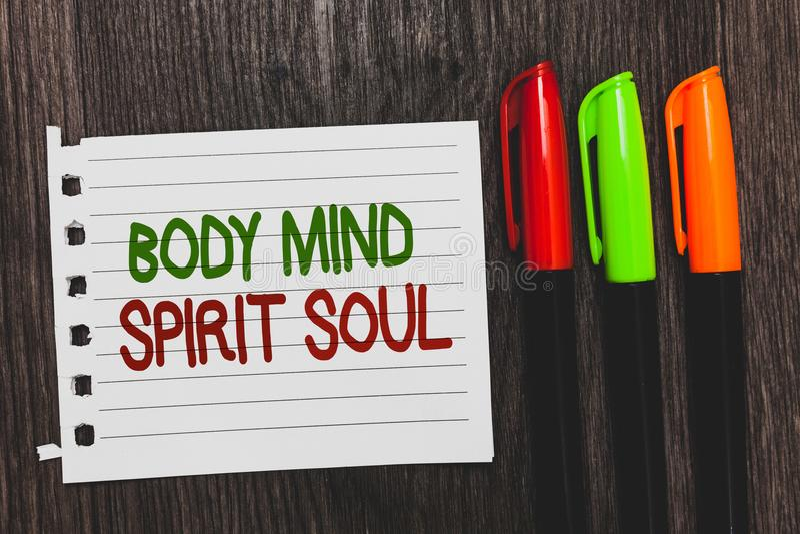 Handschriftstext Körper-Sinnesgeist-Seele Konzept, das bunte Wörter der persönlichen Balancen-Therapie-Bewusstseinsstimmungslage  lizenzfreie stockfotos