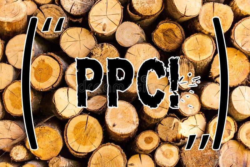 Handschriftstext Ppc Konzept, das Bezahlung-pro-Klick- Werbestrategie-direkten Verkehr zur hölzernen Hintergrundweinlese der Webs lizenzfreie stockfotografie